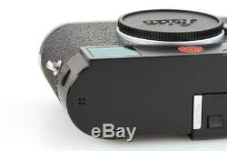 Leica M (Typ 240) 10770 black paint with one year of warranty // 32657,19
