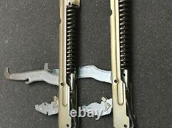 NEW! New 27 Thermador Hinge Set 00487747, 487747 (2 Hinges) One Year Warranty