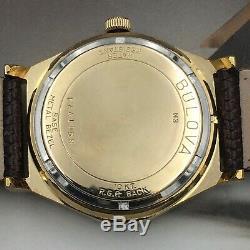 Vintage 1973 Men's Bulova Day Date, Swiss Made Automatic One Year Warranty